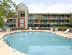 Days Inn Mount Pleasant-Charleston-Patriots Point - Hotel - 261 Johnnie Dodds Boulevard, Mount Pleasant, SC, United States