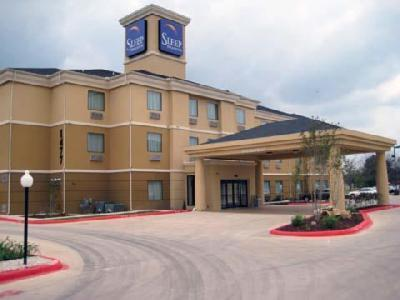 Sleep Inn & Suites - Hotels/Accommodations - 1477 N Interstate 35, New Braunfels, TX, 78130