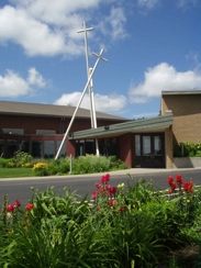 Walnut Hills United Methodist - Ceremony Sites - 12321 Hickman Rd, Urbandale, IA, 50323, US