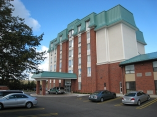 Destination Inn &amp; Suites - Hotels/Accommodations - 547 King St N, Waterloo, ON, N2L, CA