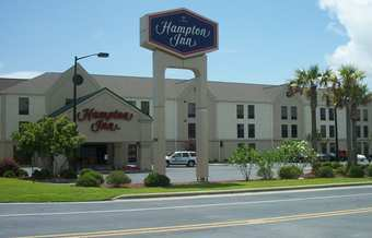 Hampton Inn - Hotels/Accommodations - 5181 Southport Supply Road SE, Southport, NC, United States