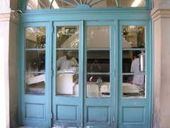 Cafe du Monde - Restaurant - 800 Decatur Street, New Orleans, LA, 70116, USA