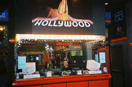 Hollywood Blvd - Movie Theatre - Attractions/Entertainment - 75th St, Woodridge, IL, 60517, US