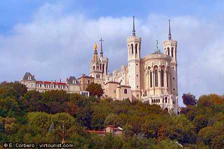 Basilique Notre-dame-de-fourviere - Attractions/Entertainment -