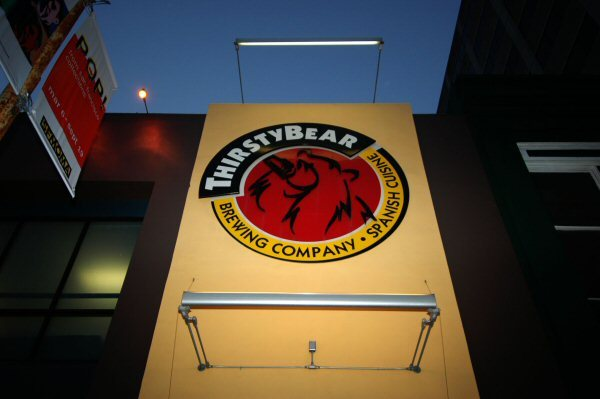 Thirsty Bear Brewing Co. - Restaurants, Bars/Nightife - 661 Howard Street, San Francisco, CA, United States