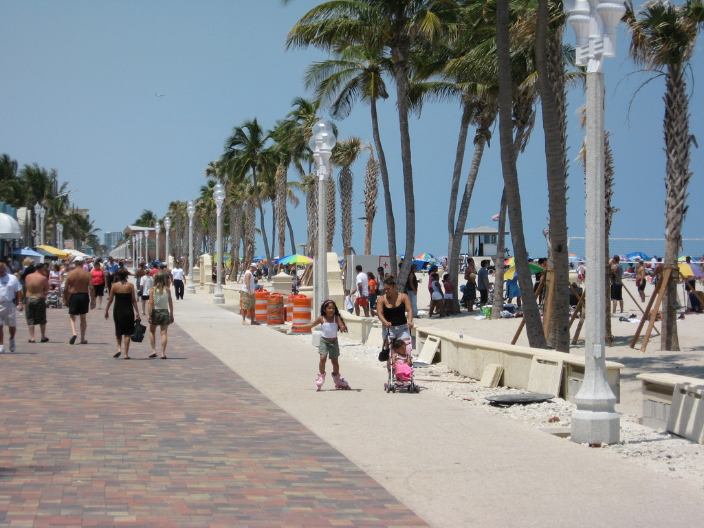 Hollywood Beach - Beaches, Ceremony Sites - State Hwy A1A, Hollywood, FL, US