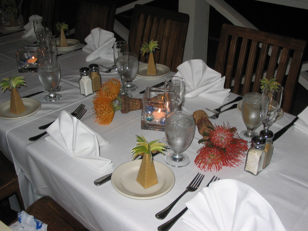 Best Western Pioneer Inn - Reception Sites, Hotels/Accommodations - 658 Wharf Street, Lahaina, Maui