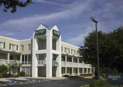 Quality Inn - Hotel - 175 Beacon Hill Blvd, New Cumberland, PA, 17070