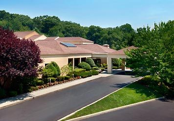 Courtyard Marriot - Hotels/Accommodations - 475 White Plains Rd, Westchester County, NY, 10591