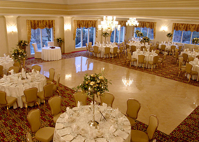 The English Manor - Reception Sites - 1 English Ln, Ocean Township, NJ, 07712, US