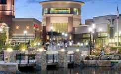 Jordan Creek Town Center - Shopping, Attractions/Entertainment - 101 Jordan Creek Pkwy, West Des Moines, IA, 50266
