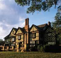 Agecroft Hall - Attractions/Entertainment - 4305 Sulgrave Road, Richmond, VA 23221