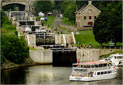 Rideau Canal Locks / Écluses du Canal Rideau - Attraction -