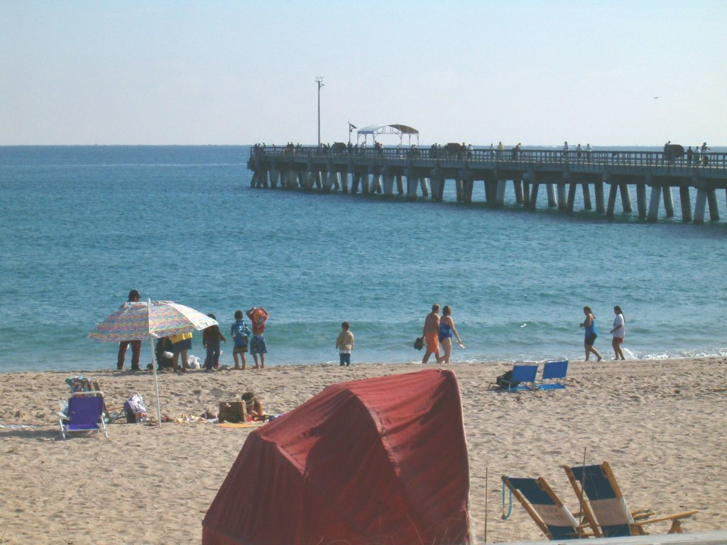 Lake Worth Municipal Beach - Beaches, Attractions/Entertainment - 10 S Ocean Blvd, Palm Beach, FL, 33480