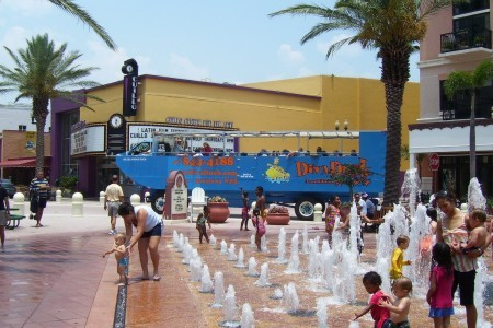 Waterfront Clematis - Attractions/Entertainment - Clematis St, West Palm Beach, Florida, US