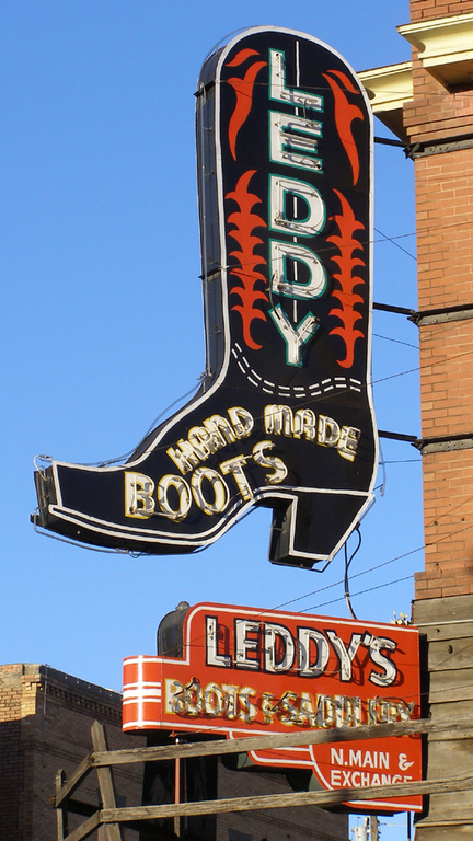 M.l. Leddy's - Shopping - 2455 North Main Street, Fort Worth, TX, United States