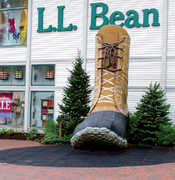 L.L. Bean Flagship Store - Attraction - 95 Main St, Freeport, ME, 04032