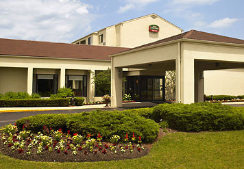 Courtyard Marriott - Hotels/Accommodations - 3700 N Wilke Rd, Arlington Heights, IL, 60004, US