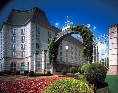Rosewood Crescent Hotel - Hotels/Accommodations, Ceremony Sites, Reception Sites - 400 Crescent Ct, Dallas, TX, United States