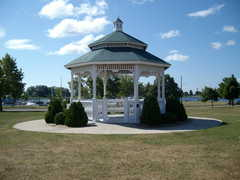 Ludington Park Gazebo - Ceremony -