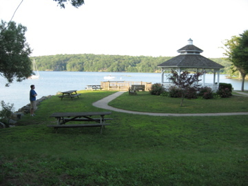 Deep River Landing - Reception Sites - Kirtland St & River St, Middlesex, CT, 06417