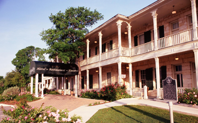 Ye Kendall Inn & Limestone Grill - Rehearsal Lunch/Dinner, Hotels/Accommodations, Ceremony Sites, Restaurants - 128 West Blanco Road, Boerne, TX, United States
