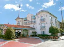 La Quinta: Inns - Hotels/Accommodations - 3020 Washington Rd, Augusta, GA, United States