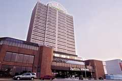 Radisson Hotel Downtown Location - Hotel - 333 Riverside Dr W, Windsor, ON, N9A 7C5