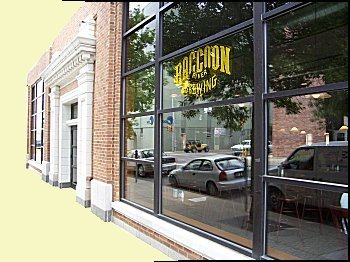 Raccoon River Brewing Company - Attractions/Entertainment, Restaurants - 200 10th Street, Des Moines, IA, United States