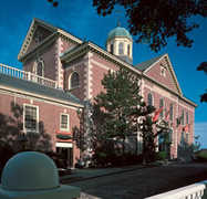 New Bedford Whaling Museum - Attractions/Entertainment - 18 Johnny Cake Hl, New Bedford, MA ...