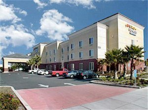 Holiday Inn Express ( Hotel & Suites ) - Hotels/Accommodations - 151 Lawrence Drive, Vacaville, CA, United States