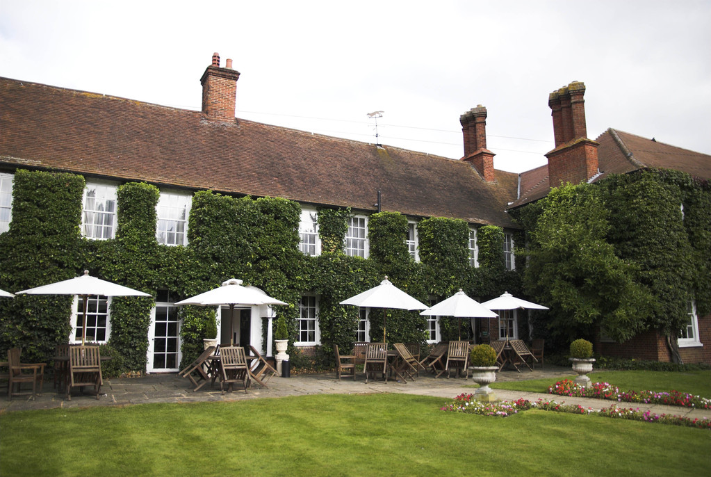 Bush Hotel - Hotels/Accommodations, Ceremony Sites - The Borough  , FARNHAM, Surrey, GU9 7NN , UNITED KINGDOM