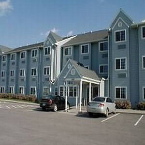 University Inn - Hotels/Accommodations - 229 S Duff Ave, Ames, IA, United States