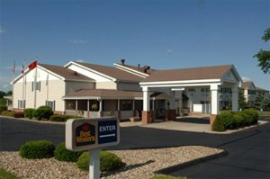 Best Western University Park Inn & Suite - Hotels/Accommodations - 2500 Elwood Drive, Ames, IA, United States