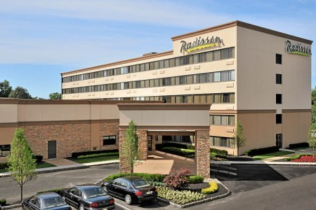 Radisson Hotel Freehold - Hotels/Accommodations, Ceremony Sites - 50 Gibson Pl, Freehold, NJ, 07728