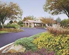 Hawthorn Suites - Hotel - 1500 Parkwood Circle S.E., Atlanta, GA, United States
