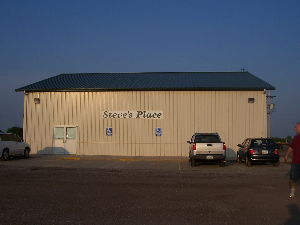 Steve's Place - Reception Sites - 1388 N 1293 Rd, Douglas, KS, 66046, US