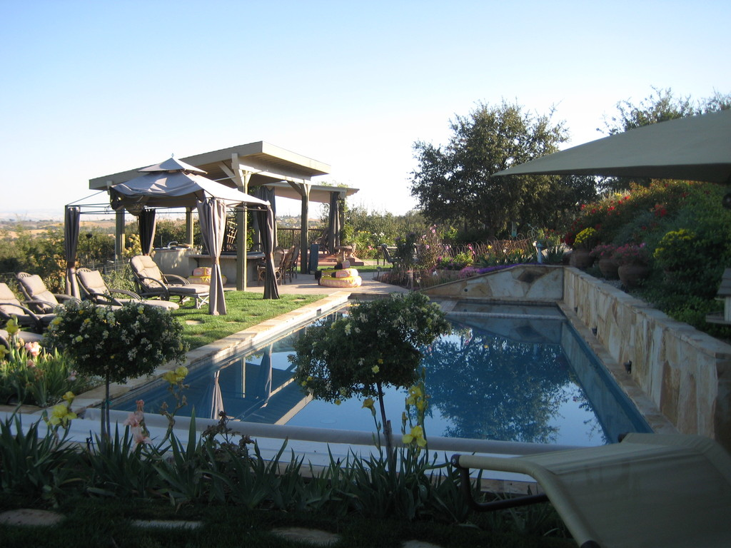 High Ridge Manor - Bed & Breakfast - Ceremony Sites, Hotels/Accommodations - 5458 High Ridge Road, Paso Robles, CA, United States