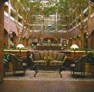 Sheraton Society Hill - Hotel - 1 Dock St, Philadelphia, P.A., 19106, US