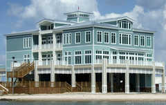 Gulfport Yacht Club - Attraction - 800 East Pier, Gulfport, MS, United States