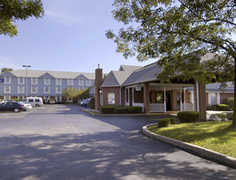 Days Inn - Hotel - 2781 Veterans Memorial Pkwy, St Charles, MO, 63303