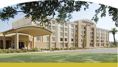 Courtyard Gulfport Beachfront - Reception Sites, Ceremony Sites, Hotels/Accommodations - 1600 East Beach Blvd., Gulfport, MS, United States