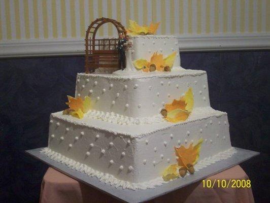Cake Decorating Classes Usa : Jackson, MI, USA -- wedding cakes - Wedding Mapper