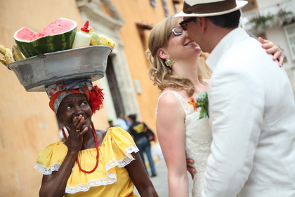 Canadian and Swiss in Love in Cartagena.  Just Married - Newlyweds - JUST MARRIED