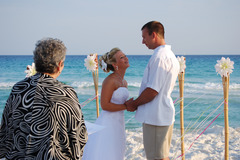 Surfside Brides - Coordinators/Planners, Officiants - 810 Spanish Moss Trail, Destin, FL, 32541, United States