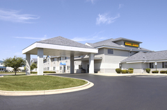 Super 8  - Verona - Hotels/Accommodations, Restaurants - 131 Horizon Drive, Verona, WI, 53593, USA