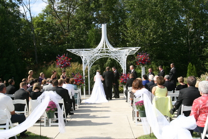 A beautiful September outdoor ceremony for Kelly and Matt. - Ceremonies - Merighi's Savoy Inn