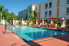 Holiday Inn Express - Hotels/Accommodations - 648 67th St Circle E, Bradenton, FL, 34208, US