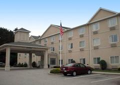 Comfort Inn and Suites Dayville Hotel - Hotels/Accommodations - 16 Tracy Road, Dayville, CT, 06241, USA
