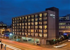 Park Inn & Suites Vancouver Broadway - Hotels/Accommodations, Bands/Live Entertainment - 898 West Broadway, Vancouver, BC, V5Z 1J8, Canada